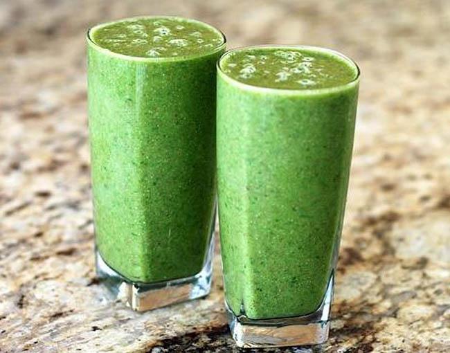 El kiwi le dará color verde a tu batido